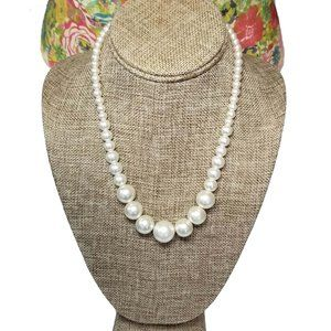 1990's Graduating Faux Pearl Necklace